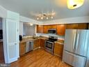 - 7674 NORTHERN OAKS CT, SPRINGFIELD