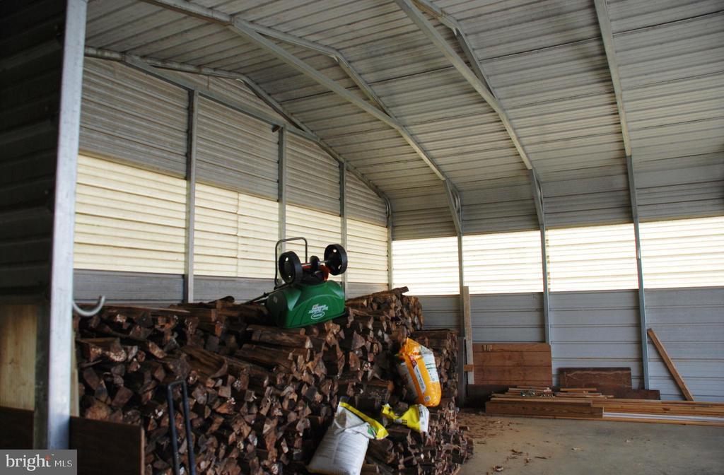 Metal run in shed - 1318 LOCUST GROVE CHURCH RD, ORANGE