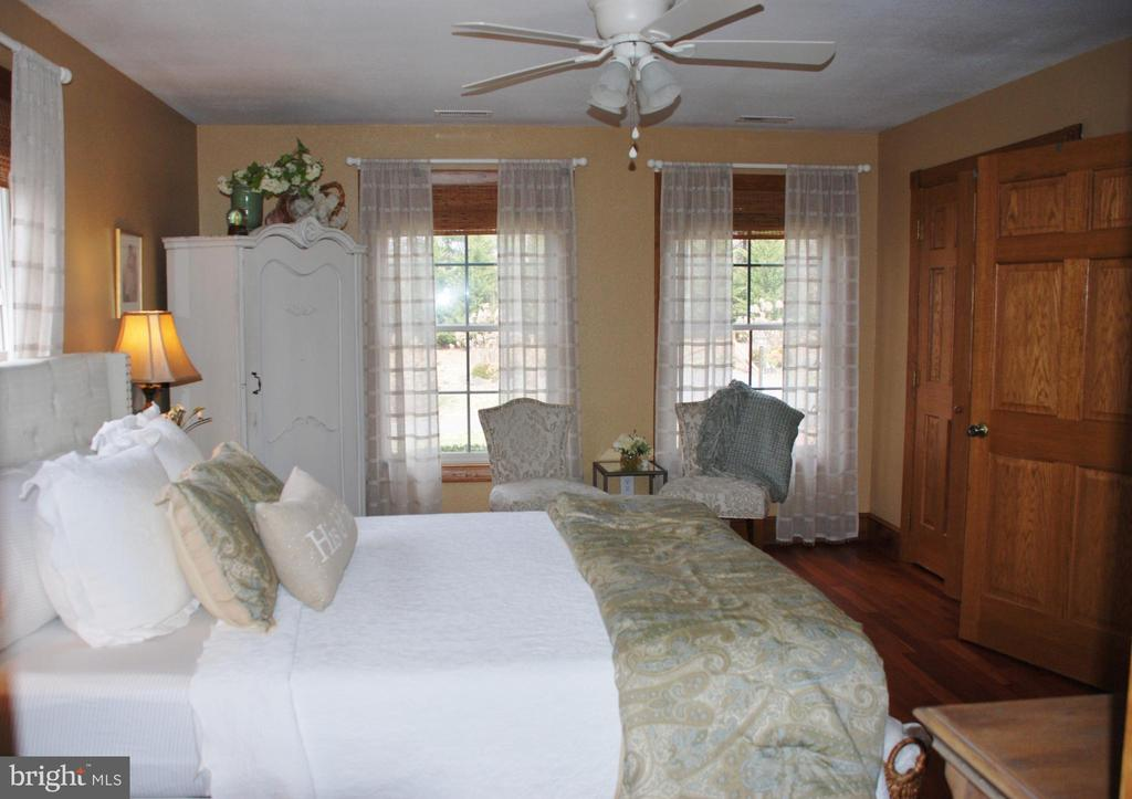Master bedroom - 1318 LOCUST GROVE CHURCH RD, ORANGE