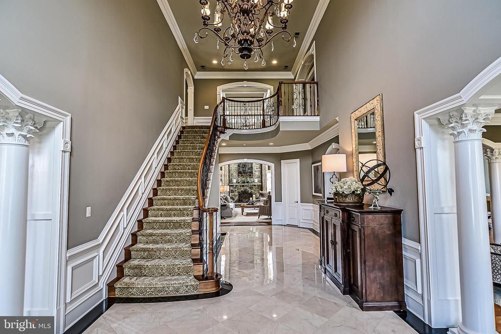 Elegant Foyer with Marble Floors - 2555 VALE RIDGE CT, OAKTON