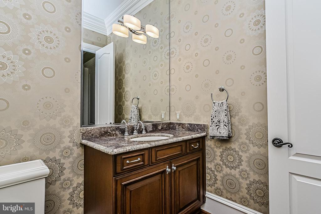 2nd Main Level Family Powder Room - 2555 VALE RIDGE CT, OAKTON