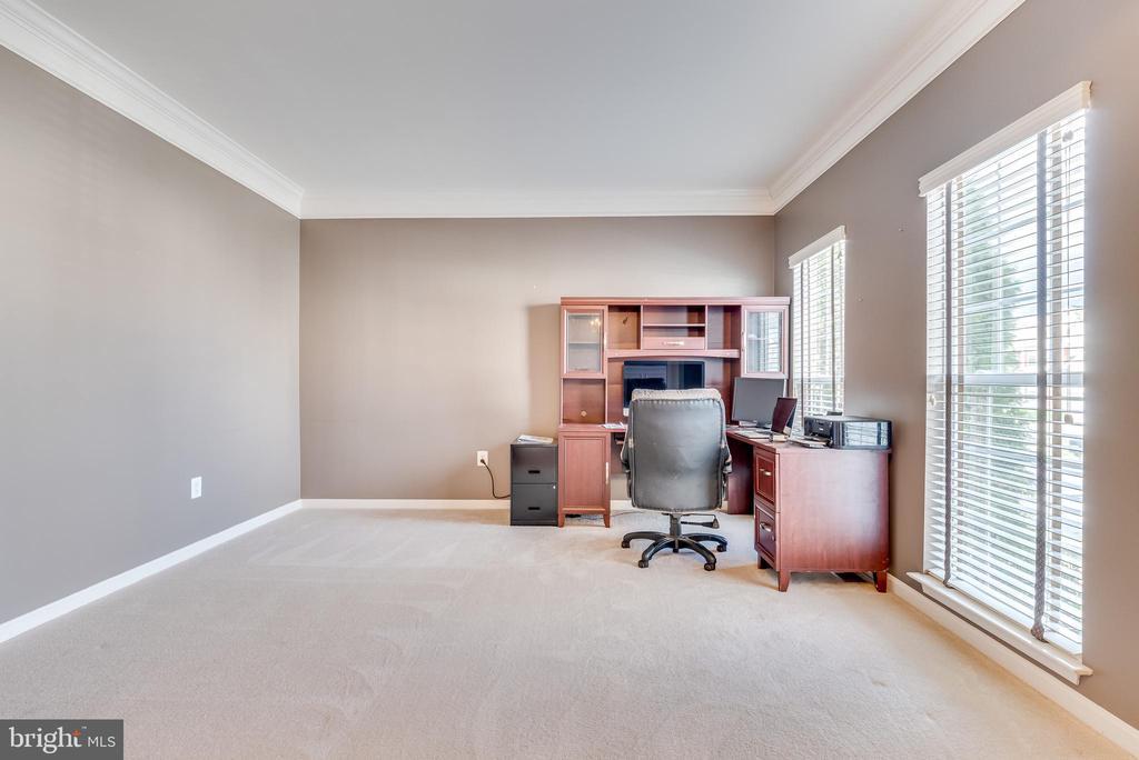 First Floor Office - 509 RUBENS CIR, MARTINSBURG