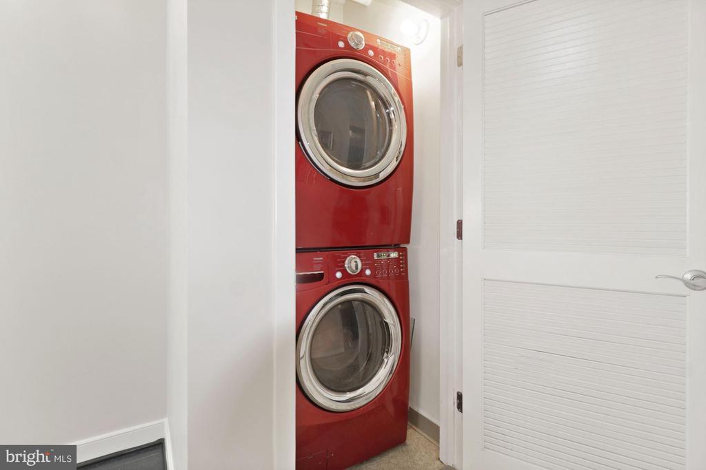 Full size Washer/dryer - 1117 10TH ST NW #W10, WASHINGTON