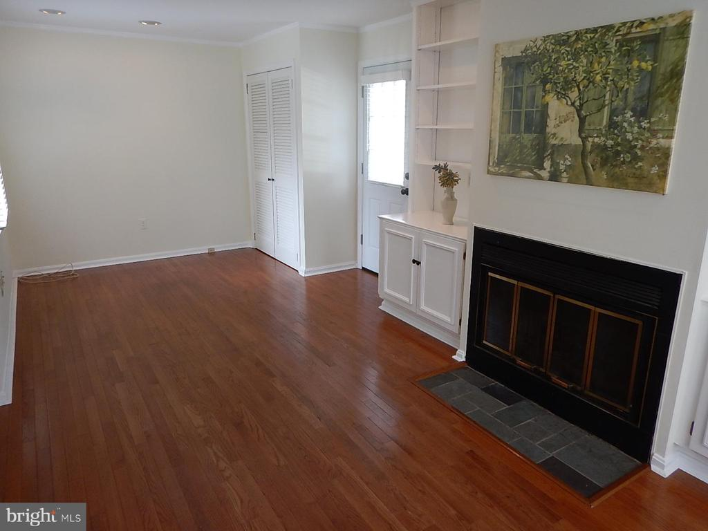 !st floor family room off kitchen - 1510 BOYCE AVE, TOWSON