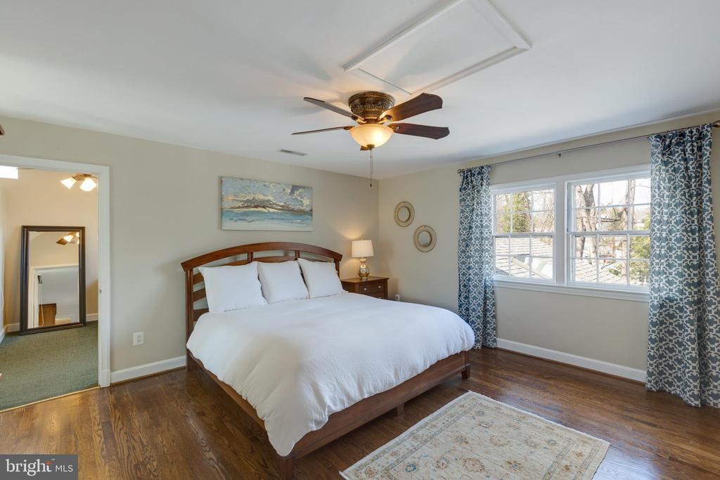 Master bedroom - 4635 35TH ST N, ARLINGTON