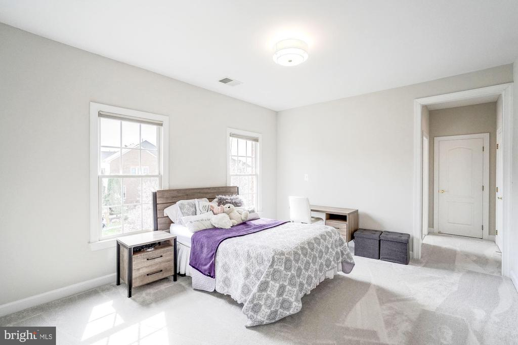 Bedroom #2 with Fresh Paint and New Carpet - 18777 UPPER MEADOW DR, LEESBURG