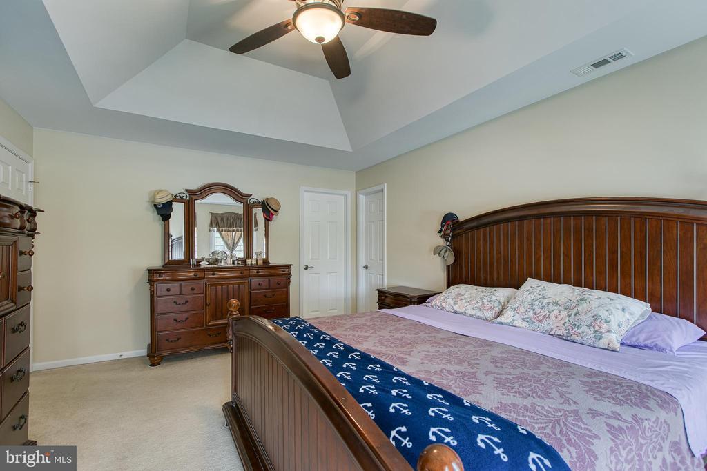 Master bedroom - 102 NORTHAMPTON BLVD, STAFFORD