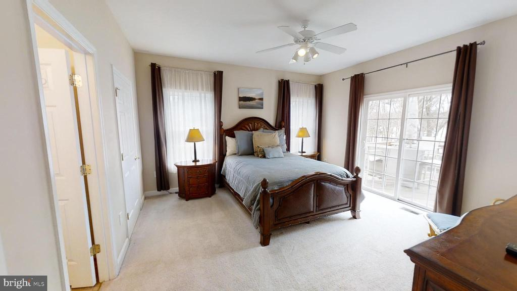 Master Bedroom with gorgeous Lake Views - 24186 LANDS END DR, ORANGE
