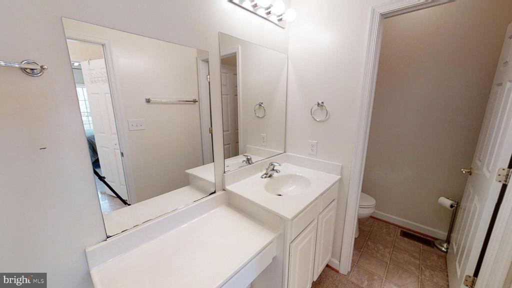 Master Bathroom - 24186 LANDS END DR, ORANGE