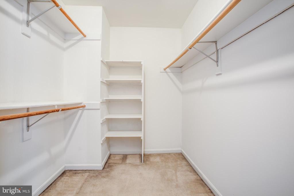 Large Master Closet - 11617 DUCHESS DR, FREDERICKSBURG