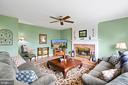 Large Family Room with Fireplace - 201 STONELEDGE PL NE, LEESBURG