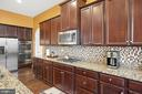 ample space for a gourmet cook - 31 LIBERTY KNOLLS DR, STAFFORD