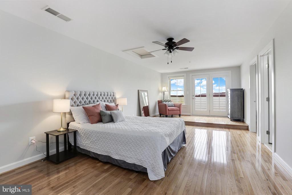 Bedroom #4 - 44715 PLYMPTON SQ, ASHBURN