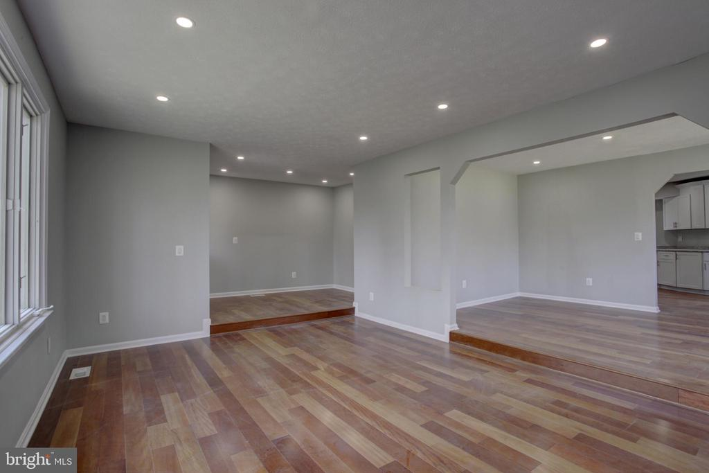 Living & Dining Rooms have Wide Plank Hardwoods - 1430 AQUIA DR, STAFFORD