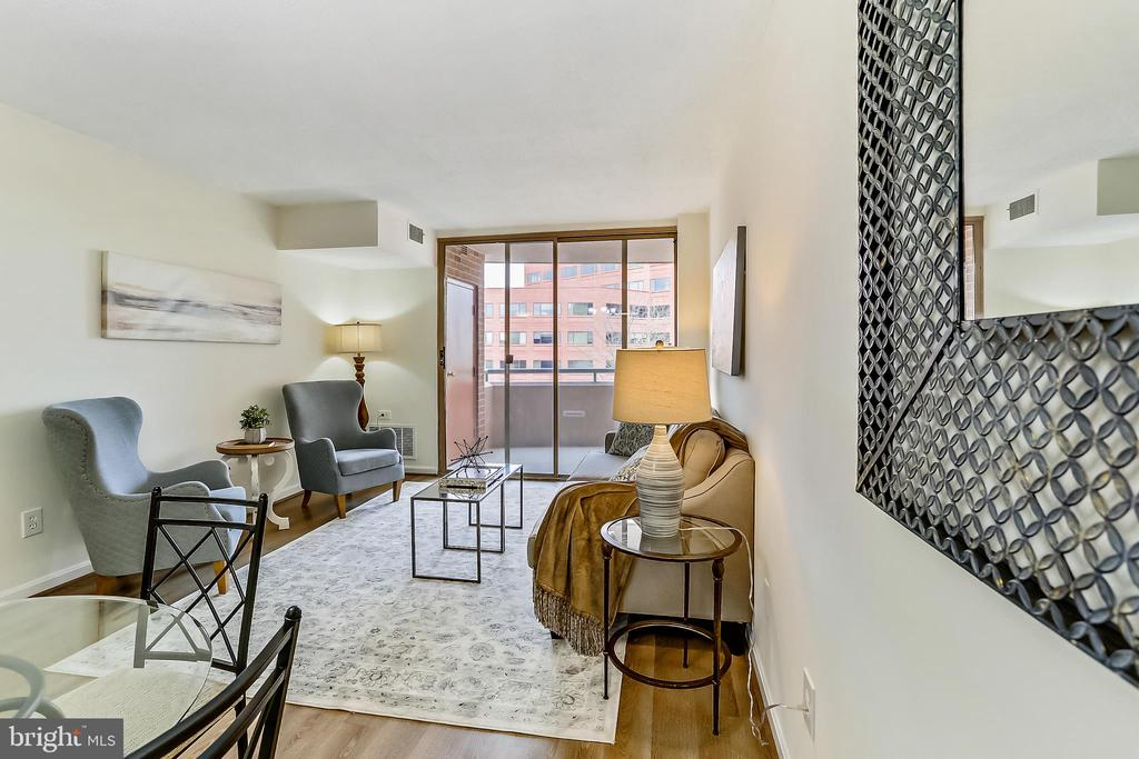 Dining Area and Living Room - 4808 MOORLAND LN #503, BETHESDA