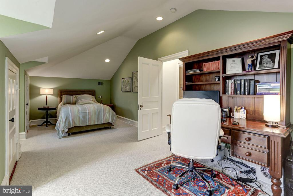 Bedroom # 4 - 3601 MACOMB ST NW, WASHINGTON