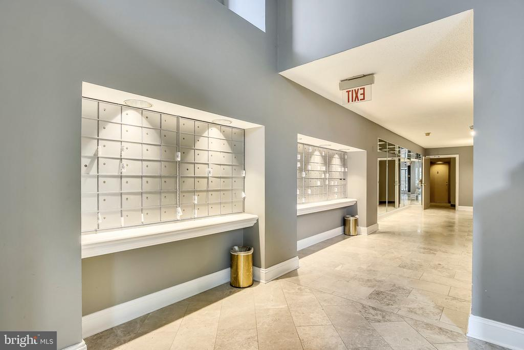 Mailboxes by Elevators and Convenient To Packages - 2111 WISCONSIN AVE NW #PH7, WASHINGTON