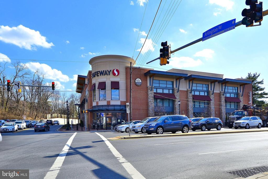 Bethesda Safeway - 4808 MOORLAND LN #503, BETHESDA