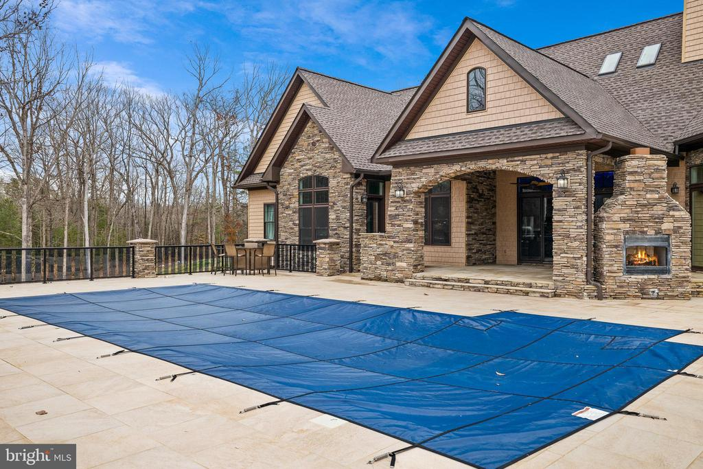 Pool and Patio - 10403 TREATY CT, SPOTSYLVANIA