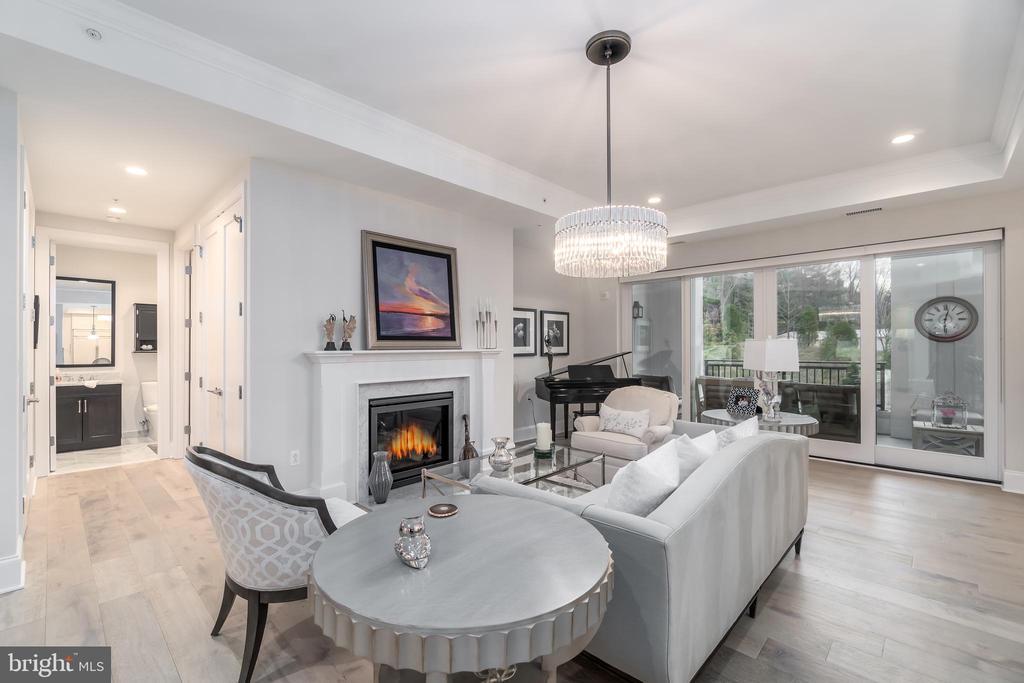 Living Room - 8111 RIVER RD #125, BETHESDA