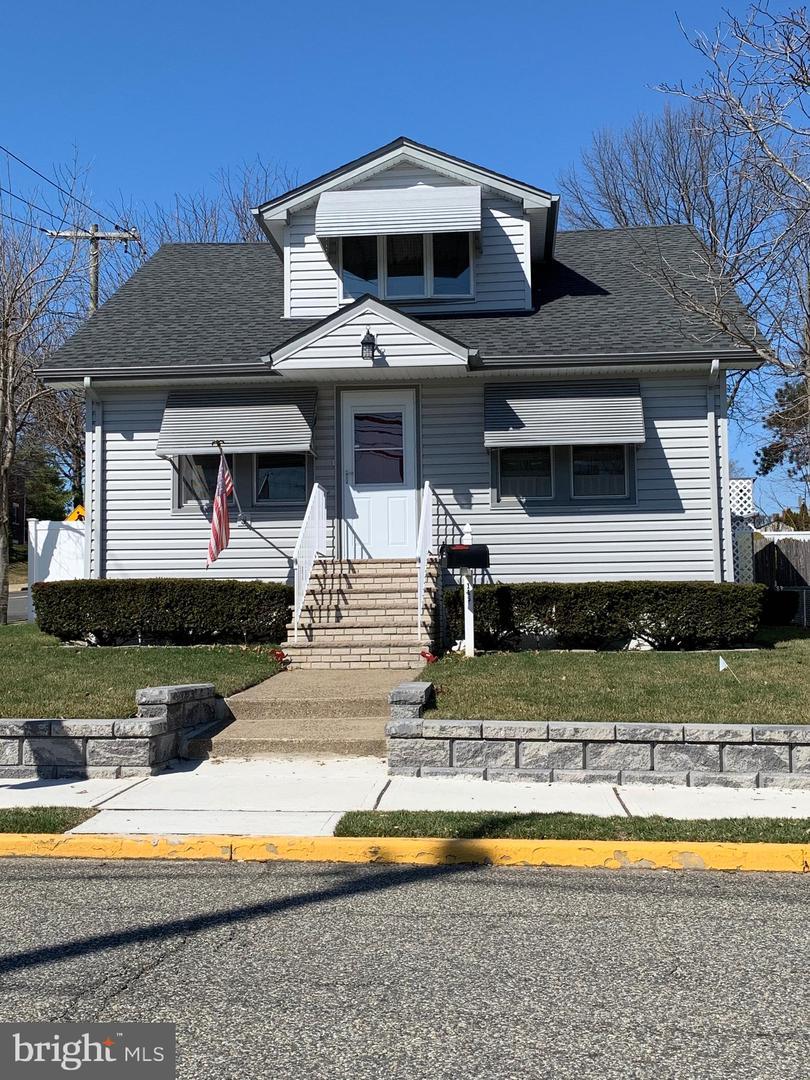 Single Family Homes vì Bán tại Hasbrouck Heights, New Jersey 07604 Hoa Kỳ