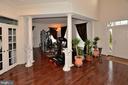 Living Room - 2976 TROUSSEAU LN, OAKTON