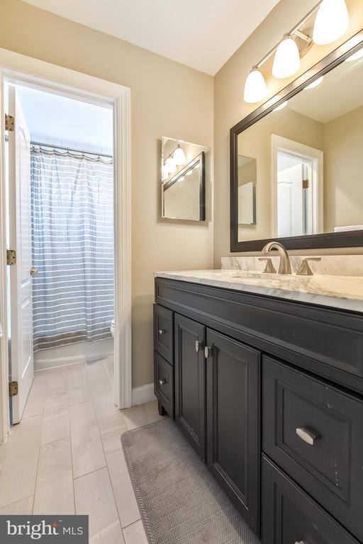 Renovated Bath #3 - 47774 BRAWNER PL, STERLING