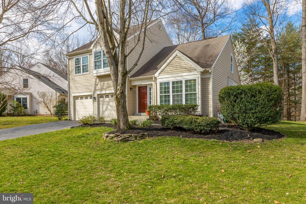 Sellers have been very happy here - 8206 CHERRY RIDGE RD, FAIRFAX STATION