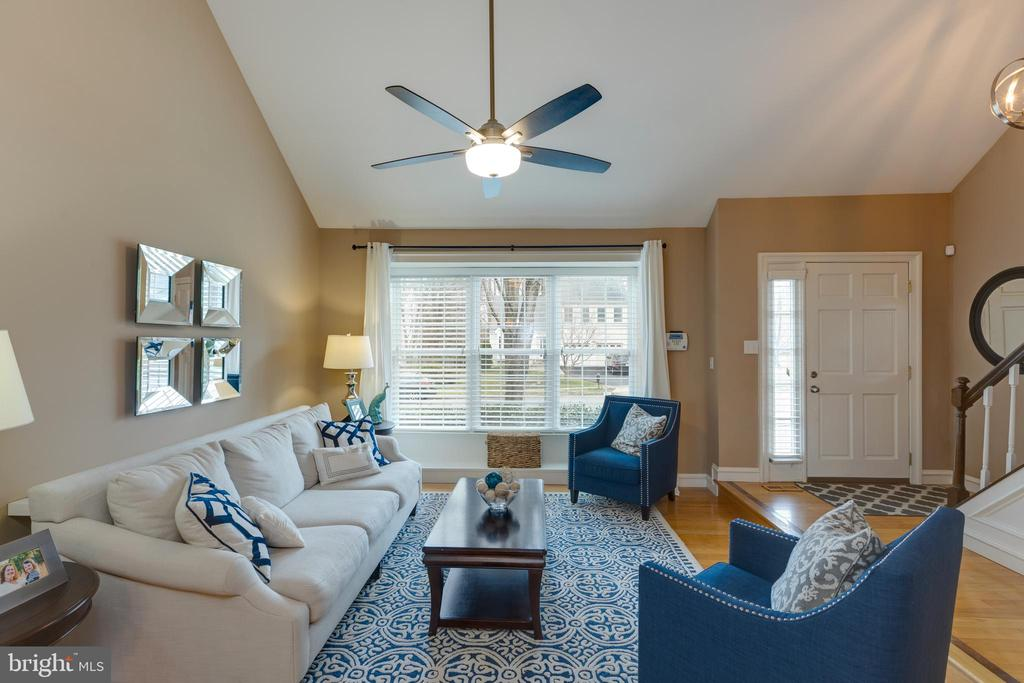 Hardwood flooring in main level rooms - 8206 CHERRY RIDGE RD, FAIRFAX STATION