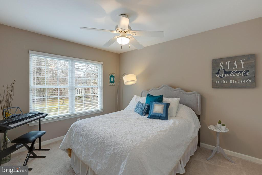 All bedrooms have ceiling fans - 8206 CHERRY RIDGE RD, FAIRFAX STATION