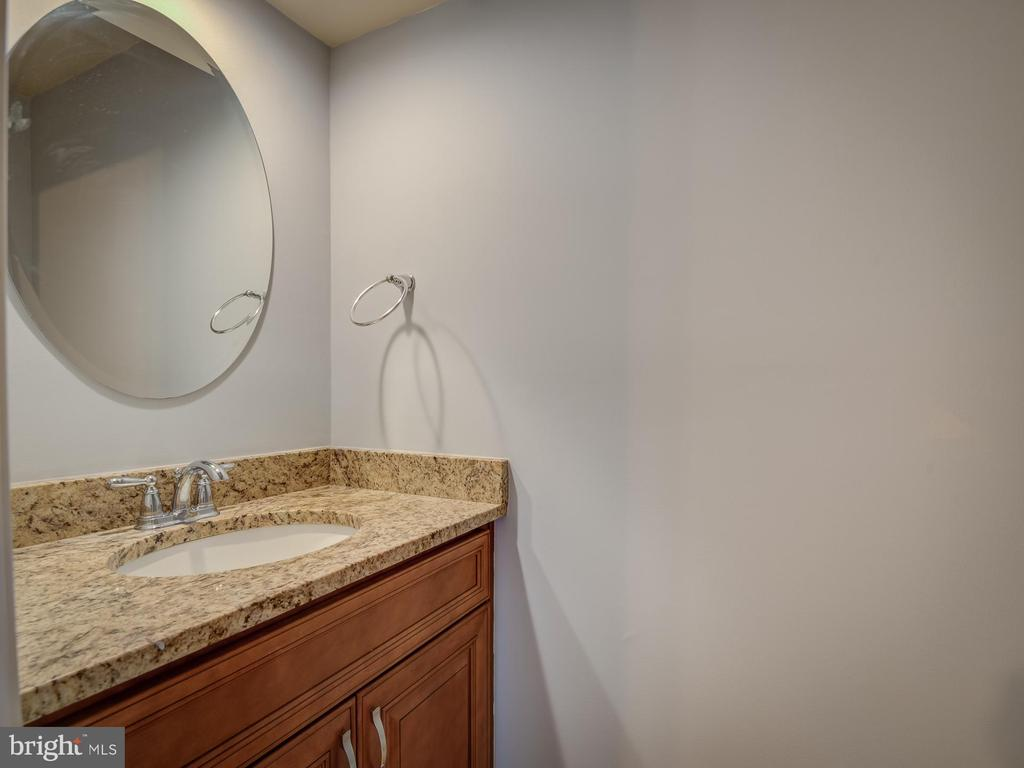 Granite Countertops - 20422 SUMMERSONG LN, GERMANTOWN