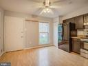 Designed For Happy Living With This Kitchen - 20422 SUMMERSONG LN, GERMANTOWN