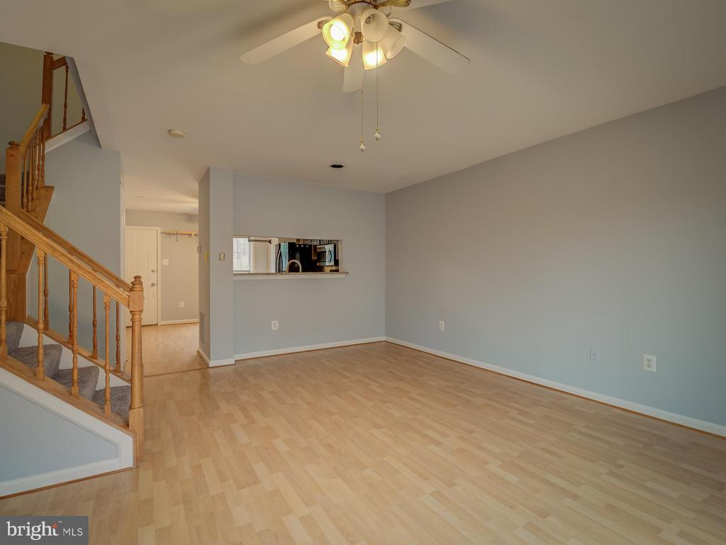 Submit Offer - 20422 SUMMERSONG LN, GERMANTOWN