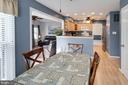 Enjoy good conversation across the kitchen - 13813 TURTLE CT, GAINESVILLE