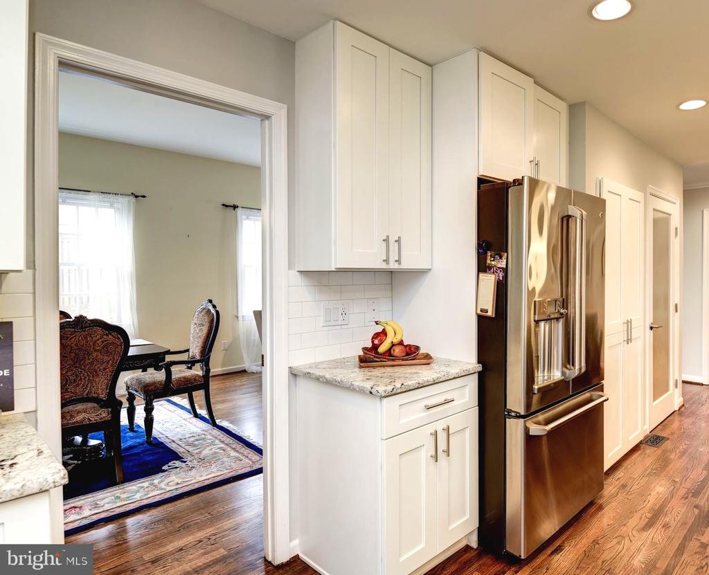 Kitchen Leads to Formal Dining Area or Family Room - 8902 TRANSUE DR, BETHESDA