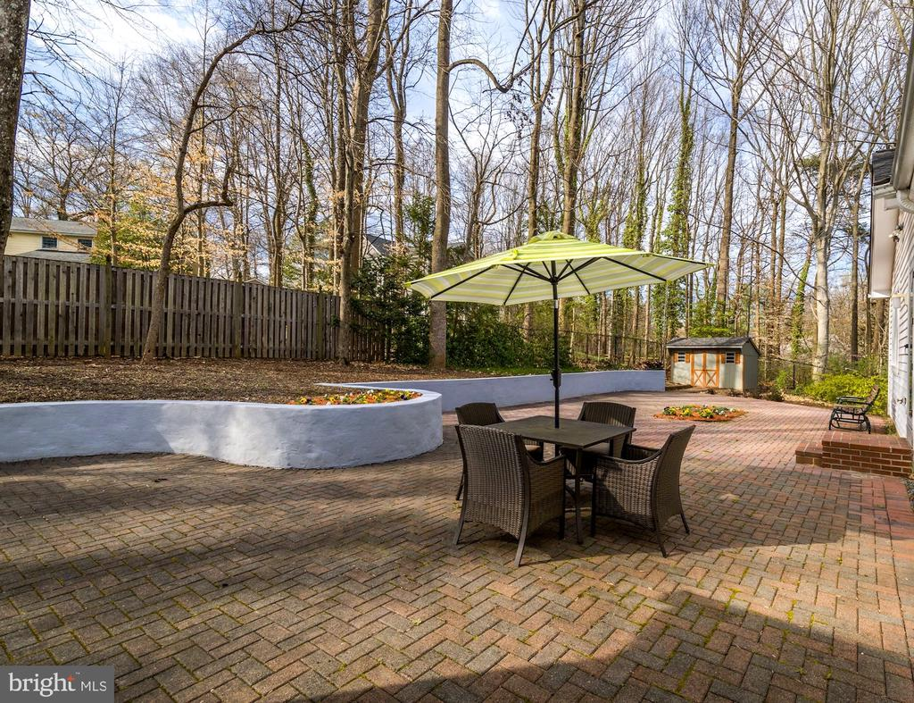 Plenty of Space for Out Door Entertaining - 8902 TRANSUE DR, BETHESDA