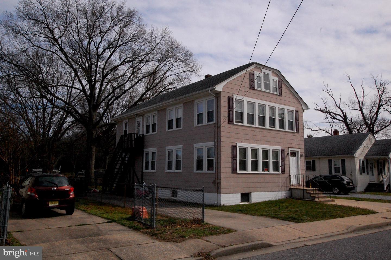 Duplex Homes 为 销售 在 Deepwater, 新泽西州 08023 美国