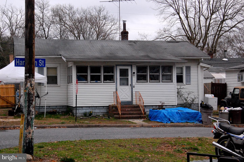 Single Family Homes pour l Vente à Deepwater, New Jersey 08023 États-Unis