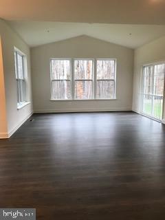 Additional photo for property listing at  Upper Marlboro, Maryland 20772 États-Unis