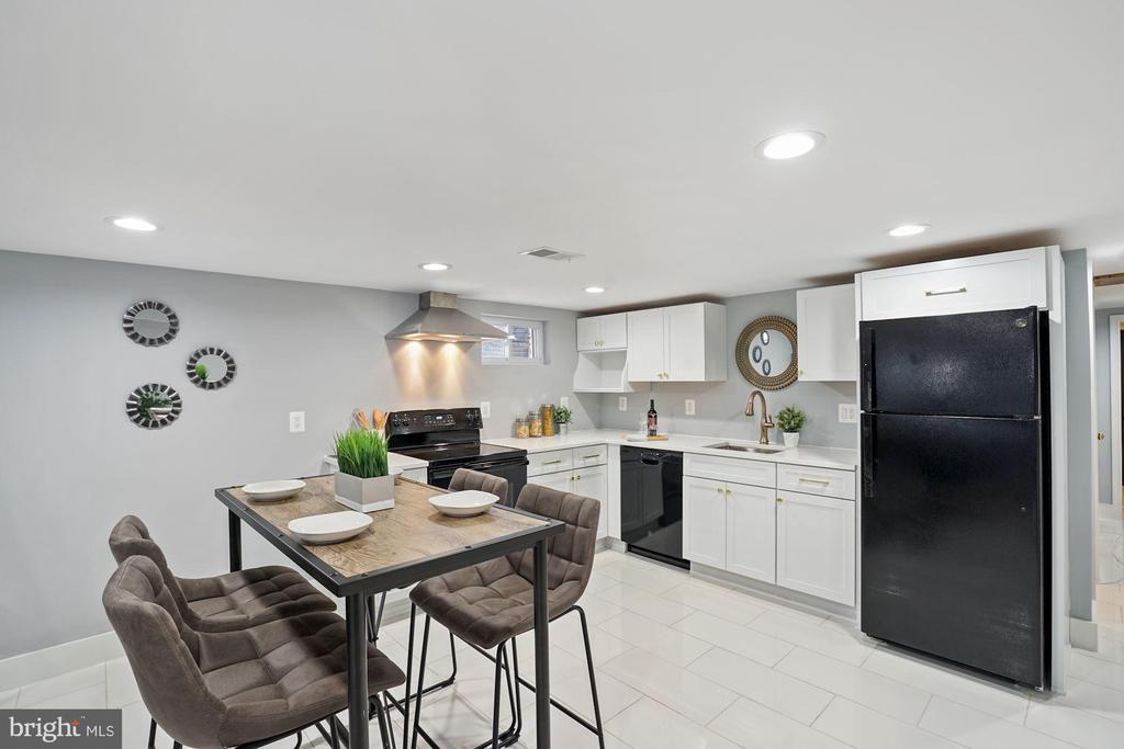 Dining Area - Apartment - 2217 FLAGLER PL NW, WASHINGTON