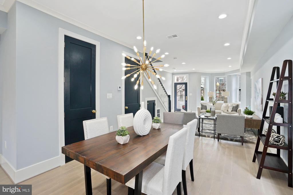 High Ceilings, Fine Finishes, 8 Foot Doors - 2217 FLAGLER PL NW, WASHINGTON