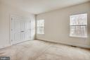 Master bedroom backs to trees - 8900 ENGLEWOOD FARMS DR, MANASSAS