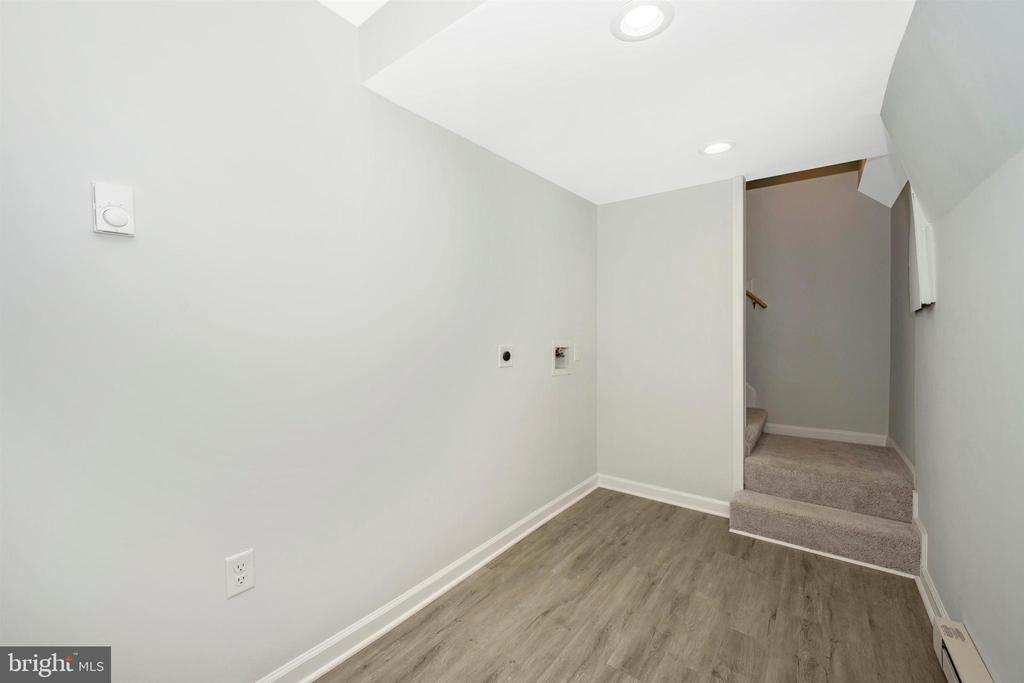 Lowe Level-Laundry Area - 8846 MAPLEVILLE RD, MOUNT AIRY