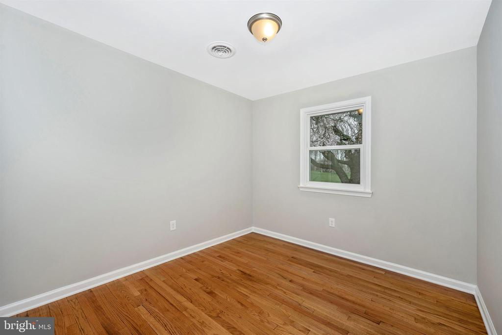 Bedroom 2 - 8846 MAPLEVILLE RD, MOUNT AIRY
