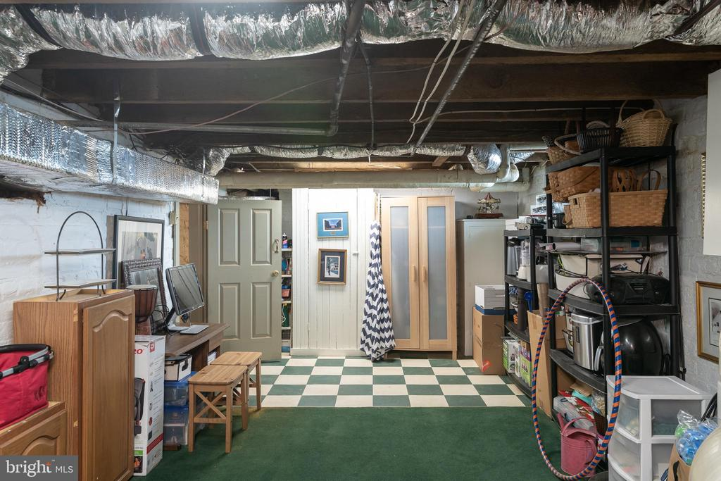 Lots of storage space in the basement - 405 HANOVER ST, FREDERICKSBURG