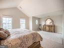 Master Bedroom - 43075 BARONS ST, CHANTILLY