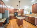 Kitchen - 43075 BARONS ST, CHANTILLY