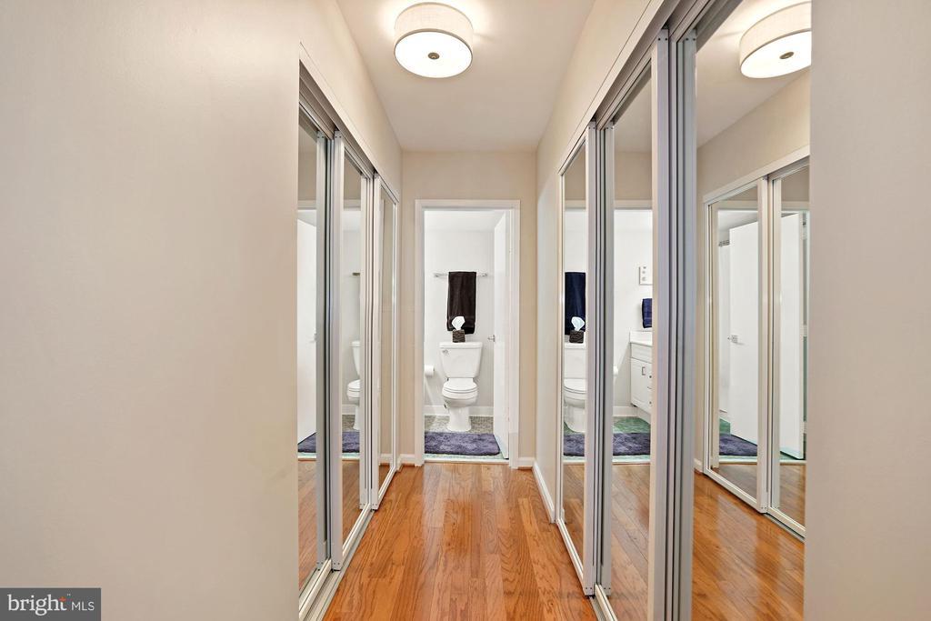Closet-Lined Hallway - 3800 FAIRFAX DR #1014, ARLINGTON