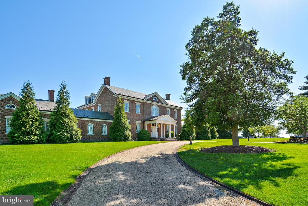 The Historic Belmont Manor Home - 20024 VALHALLA SQ, ASHBURN