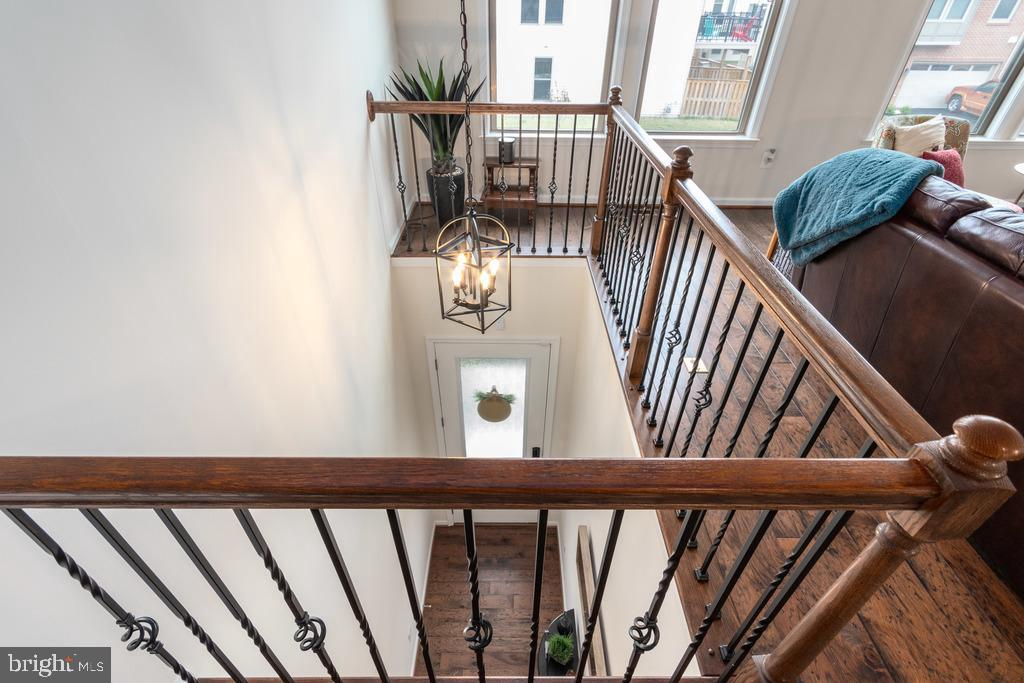 View from above...check out the balusters - 42424 DOGWOOD GLEN SQ, STERLING